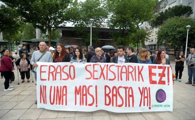 Concentración en Otxarkoaga contra la última agresión machista.
