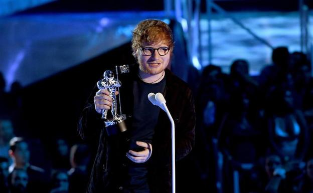 Ed Sheeran es elegido Mejor Artista del Año en los MTV Video Music Awards