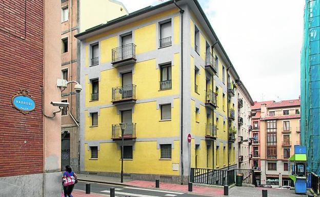 Bilbao ofrece pisos en alquiler a 175 euros al mes para for Pisos en otxarkoaga
