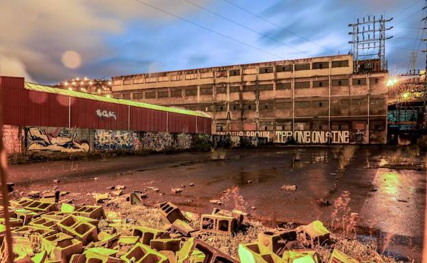 Vista general de la antigua fábrica Beta-2 de Zorrozaurre, donde se instalará el proyecto As Fabrik tras la reforma del edificio./Iñaki Andrés