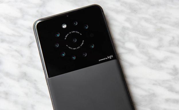 Este año saldría un smartphone con nueve cámaras