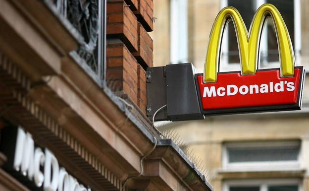 McDonald's deja de vender ensaladas en EE.UU. por intoxicación masiva