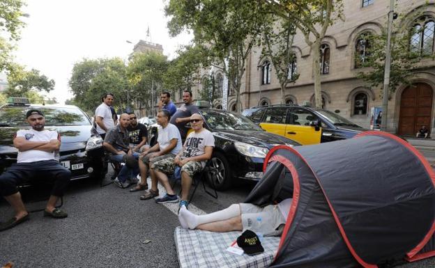 Los taxistas de Madrid se declaran en huelga indefinida