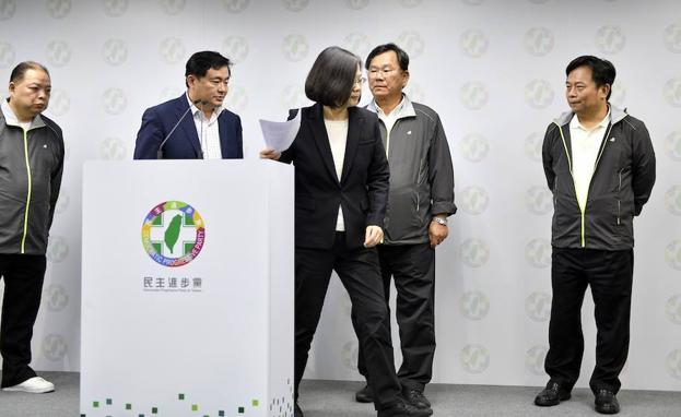 Presidenta de Taiwán renuncia al liderazgo del DPP