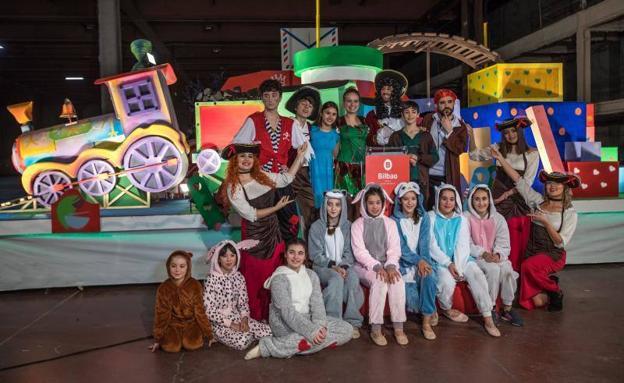 Carrozas De Reyes Magos Fotos.Bilbao Ultima Los Detalles Para Una Cabalgata De Reyes De