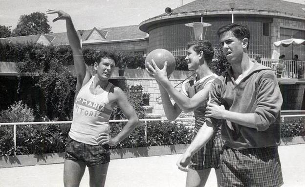 Proyecto 75 años de baloncesto en Álava. A partir del 28/11/18 cada miércoles en El Correo (edición de Álava) - Página 3 Campo-atras-kKZC--624x385@El%20Correo