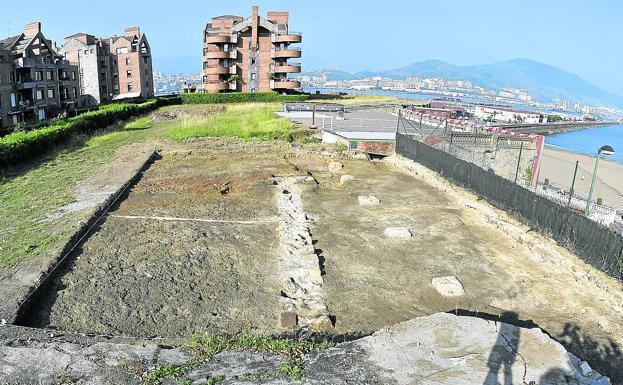 Panorámica de las excavaciones realizadas por los arqueólogos de la UPV./G. A.