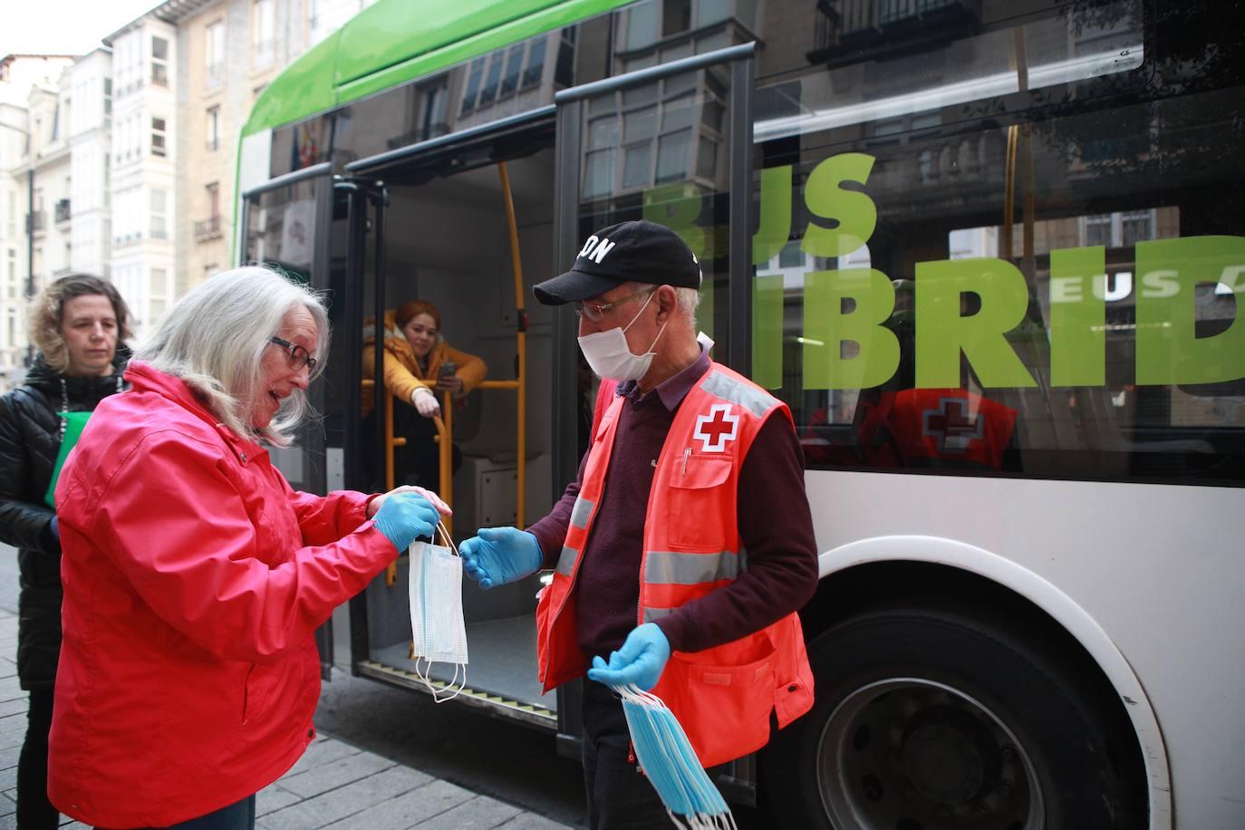 Última hora del coronavirus en Vitoria: Los vitorianos aplauden el ...