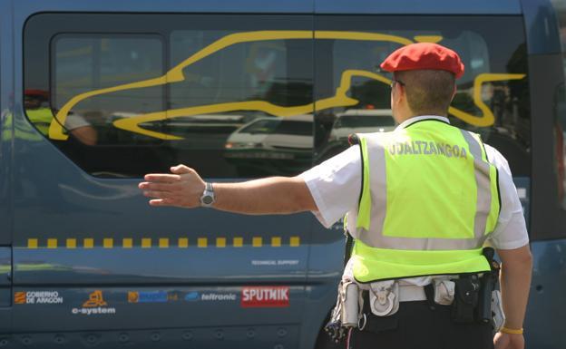 La Policía Municipal evita multas y tira de pedagogía