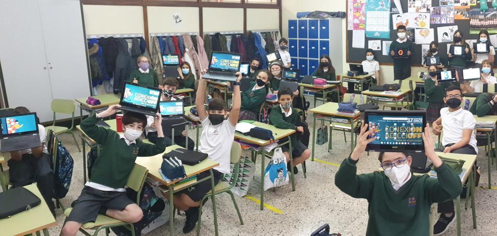 Escolares bilbaínos, ganadores de un concurso nacional de la ONCE para un uso responsable de la tecnología