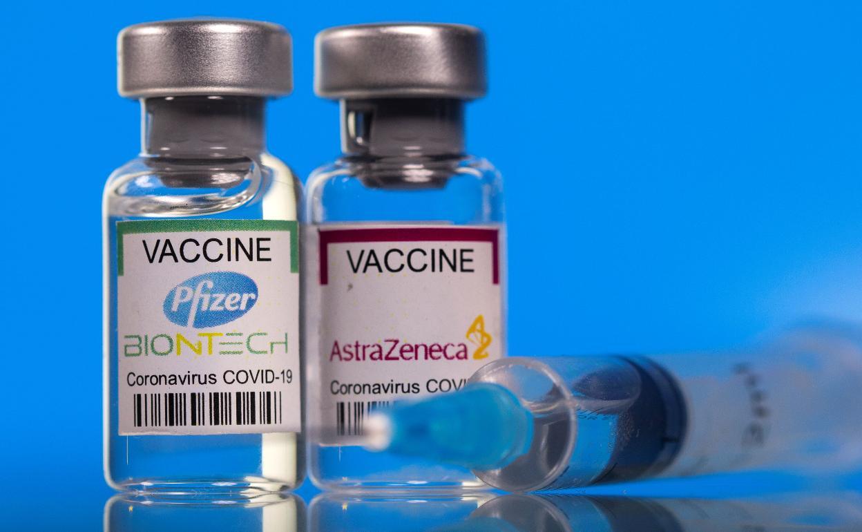 Sanidad ordena el segundo pinchazo de Pfizer para los 2 millones de  AstraZeneca   El Correo