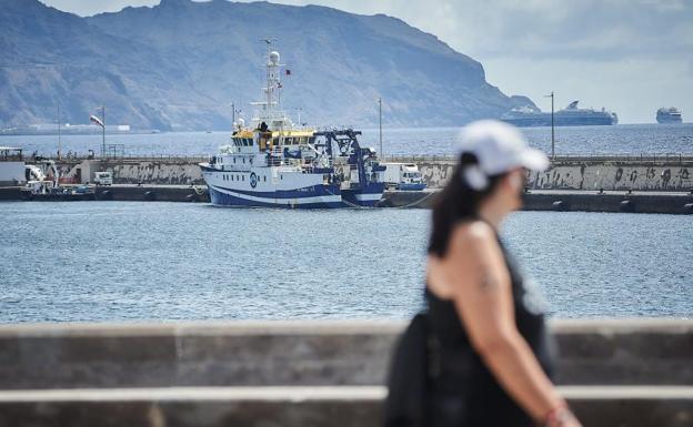 El buque ocenográfico Ángeles Alvariño prosigue con la búsqueda de los cuperos de Anna y Tomás Gimeno./Agencias